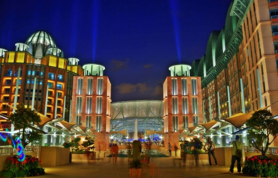 Singapore casinos imposed restrictions to use their facilities in order to contain the spread of Coronavirus.