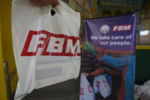 fbm-realiza-una-donacion-en-filipinas