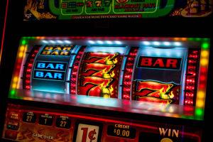 La FGE secuestró otras 79 slots ilegales en México.
