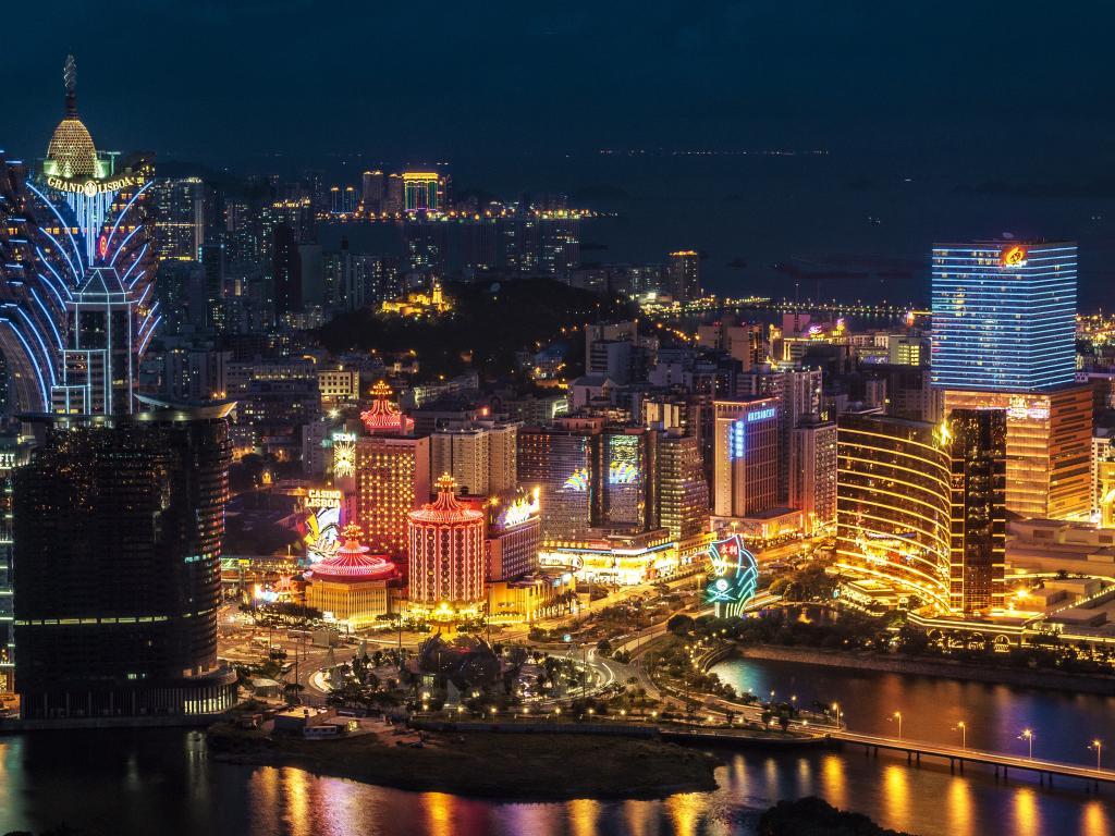 LA Slots  Worlds Largest Distributor of Gaming Equipment