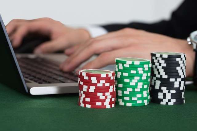 casino online poker virus