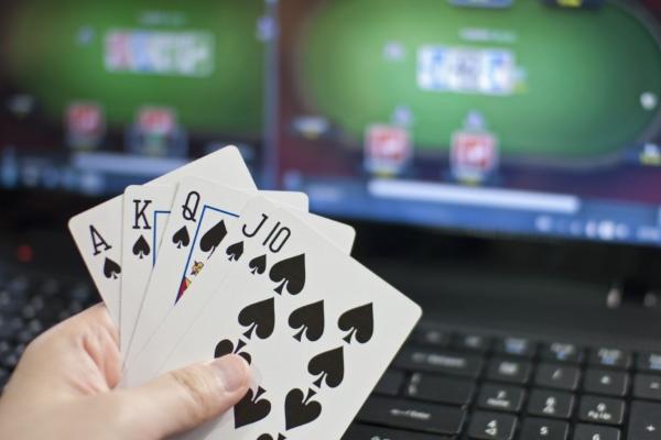 Shared online poker liquidity