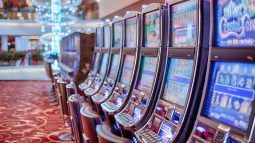 Government postpones Japanese casino policy