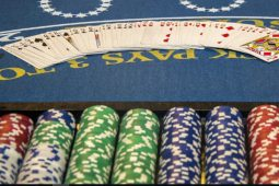 Illinois casino gets towns support