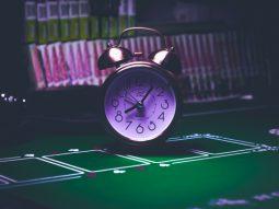 tiverton casino hours