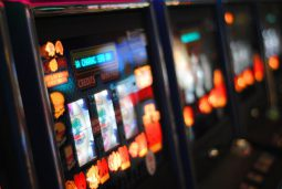 casino revenue illinois