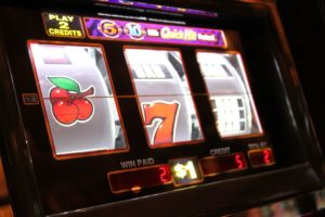 Germany to limit slot stakes to €1